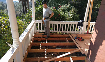 Deck remodel home contractors